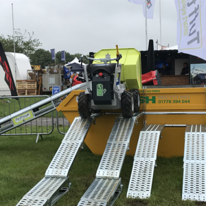 truxta mini dumper & ramp